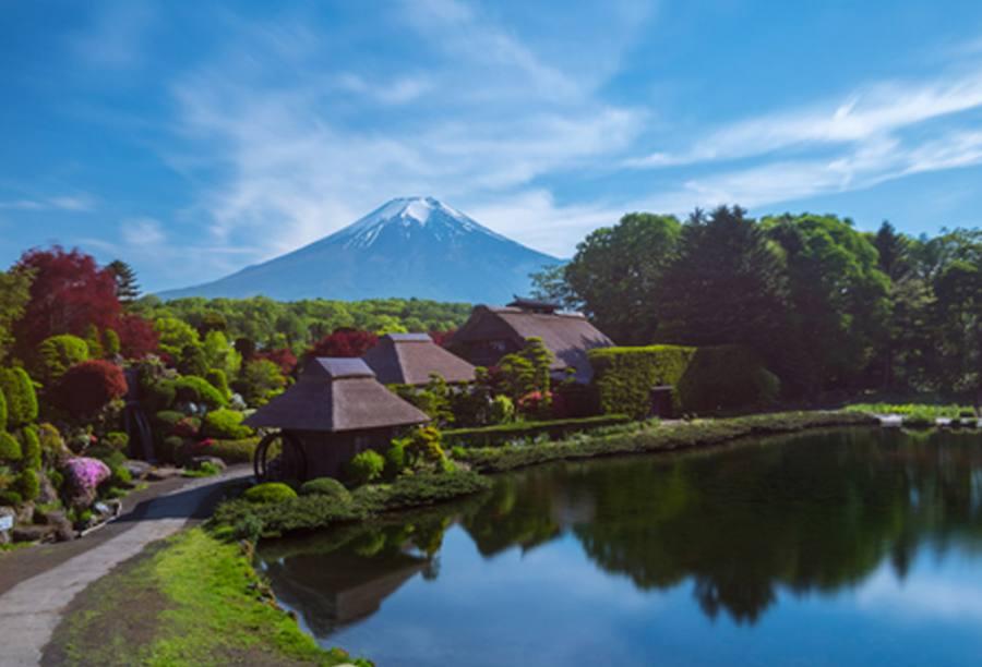 日本三年多次旅游签证[北京送签] · 签证费+服务费+无目的地限制+免机酒预订